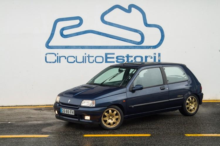 Renault-Clio-Williams-54-750x500.jpg